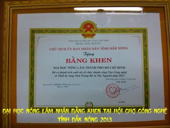 Đại học Nông Lâm nhận bằng khen tại Hội chợ Công nghệ Tỉnh Đắk Nông